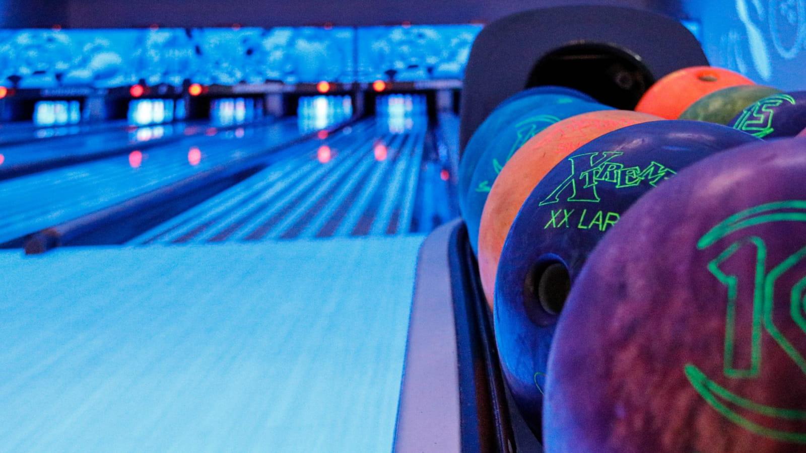 Bowling Le Striker