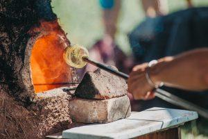 Création d'objet en verre à l'époque romaine